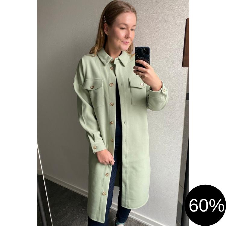 Lang skjorte/jakke med knapper