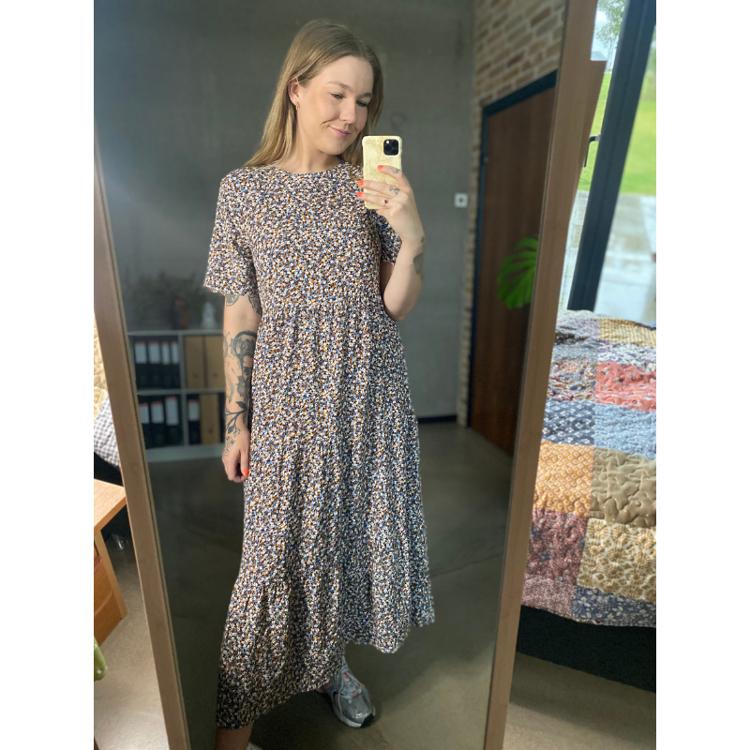 Onlvictoria ss midi kjole
